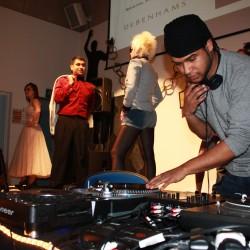 Fashionate, DJ